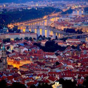 В Прагу от 5257 рублей!