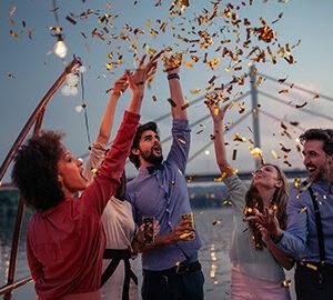 Планируйте полеты в новом году от 24 000 рублей вместе с авиакомпанией Emirates!