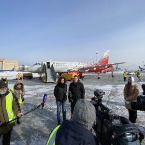 Первый Superjet 100 «России» получил имя Города трудовой доблести