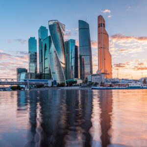 Прогулка по Москва-Сити: башни, арт-объекты и захватывающие панорамы